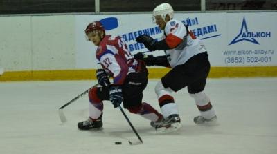 Хоккеисты «Тамбова» снова обыграли соперников из Барнаула. Еще одна победа и наши парни в финале