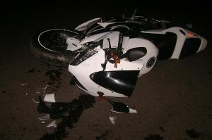 В Тамбове иномарка стокнулась с мотоциклом, которым управляла 22-летняя девушка