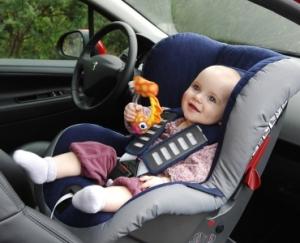 Госавтоинспекция проверит автомобили на наличие детских кресел
