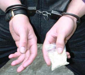 Трёх жителей Тамбовской области задержали за незаконный оборот наркотиков