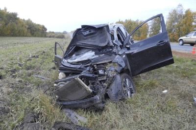 """В Тамбовском районе столкнулись """"легковушки"""", один водитель погиб"""