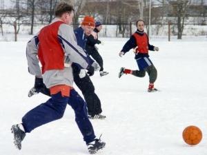 Мичуринские полицейские лидируют в городском турнире по футболу на снегу