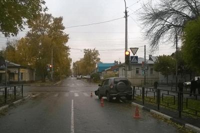 """В Тамбове столкнулись """"Шевроле Нива"""" и """"Ниссан Кашкай"""""""