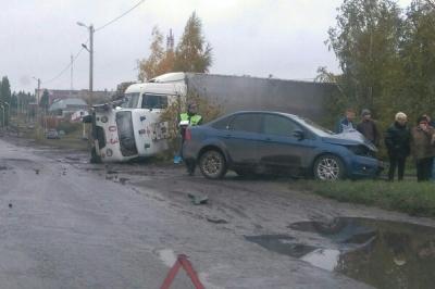 В Тамбовской области перевернулась машина скорой помощи: врач в реанимации