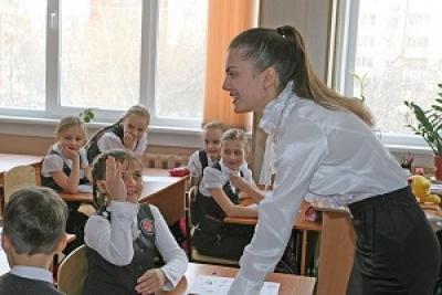 Александр Никитин: привлечение молодых педагогов в сельскую местность остается актуальной задачей