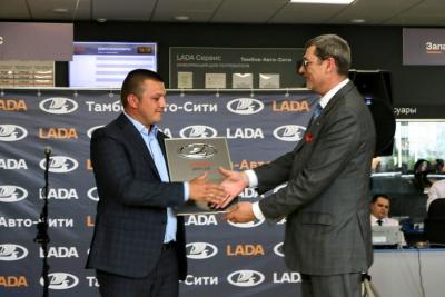 В Тамбове торжественно открыли обновленный дилерский центр LADA на Киквидзе