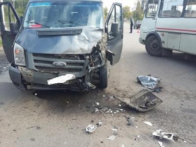 """Семь пассажиров маршрутки """"Рассказово-Тамбов"""" пострадали в ДТП с участием автобуса"""