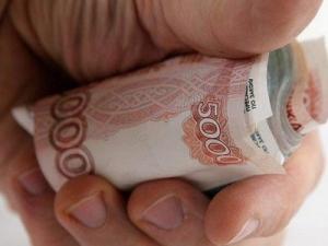 Мошенник обманул хозяйку гаража на 170 тысяч рублей